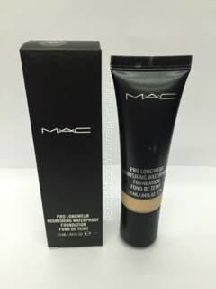 M A C Тональный крем pro longwear nourishing waterproof 15 ml