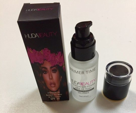 Праймер для лица  HudaBeauty foundation primer base de teint   40ml